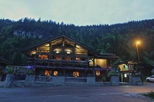 Montriond Hotels