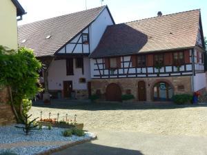 Ferme Martzloff, Отели типа «постель и завтрак»  Breuschwickersheim - big - 1