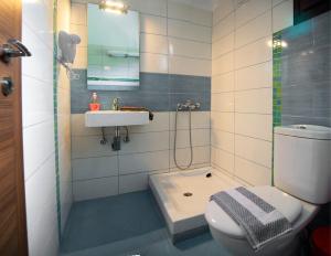 Livari Studios, Apartments  Vourvourou - big - 8