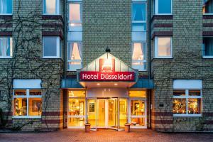 Arcadia Hotel Düsseldorf - Dorp
