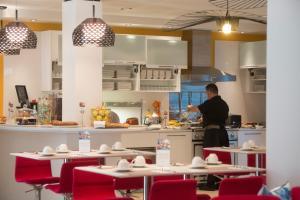 Mercure Nice Centre Grimaldi, Hotely  Nice - big - 55