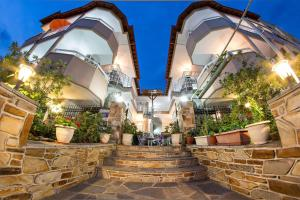 Hostels e Albergues - Sky Hotel