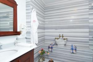 Rose Garden Suites, Hotely  Istanbul - big - 83