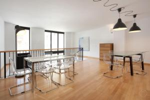 Large Guell Apartments - La Rabassada