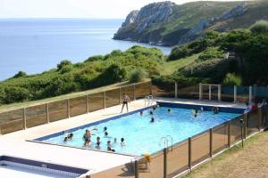 Location gîte, chambres d'hotes APAS BTP Camaret sur Mer dans le département Finistère 29