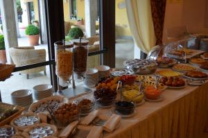Hotel Olioso, Szállodák  Peschiera del Garda - big - 44
