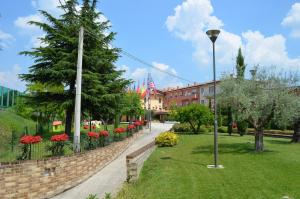 Hotel Olioso, Hotel  Peschiera del Garda - big - 61