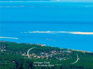 Location gîte, chambres d'hotes Village Club La Grande Baie dans le département Charente maritime 17
