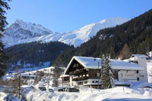 Familienhotel Mateera Gargellen / Montafon - Hotel - Gargellen