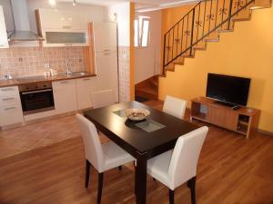 Apartment Casa Nova, Apartments  Rovinj - big - 22