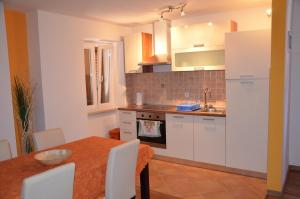 Apartment Casa Nova, Apartments  Rovinj - big - 32