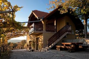 Vineyard Cottage Brodaric
