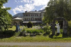 Hotel Du Parc - Manoir Du Baron Blanc - Faverges