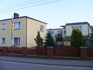 Pokoje Gościnne Stołówka- Swarzewianka