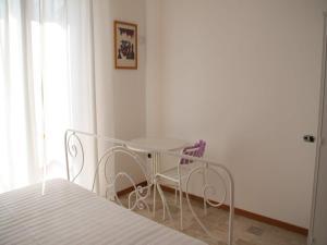 Cristina B&B, Bed and breakfasts  Sassoferrato - big - 10