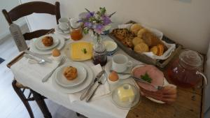 B&B Droom 44, Bed and breakfasts  Buinerveen - big - 28