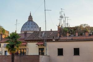 La Porta Rossa di Borgo - Vatican Luxury Suite - abcRoma.com