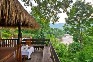 Home Phutoey River Kwai Hotspring & Nature Resort - Ban Hin Huk