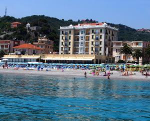 Lido Resort - AbcAlberghi.com