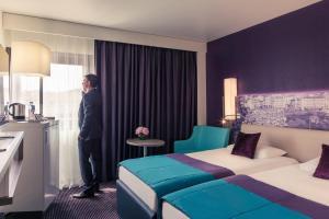 Mercure Marseille Centre Vieux Port Hotel (4 of 64)