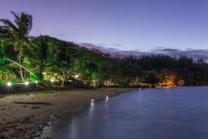 Funky Fish Beach & Surf Resort - Beachcomber Island