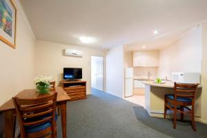 Albergues - Canberra Parklands Central Apartment Hotel