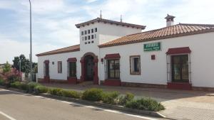 Apartamentos Turisticos Hostal Los Alisos