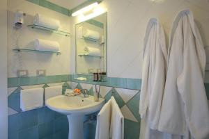Hotel & Residence Matarese, Hotel  Ischia - big - 77