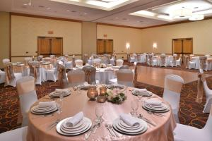 DoubleTree by Hilton Grand Junction, Hotely  Grand Junction - big - 44