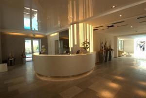 Hotel Sorriso, Отели  Милано-Мариттима - big - 29