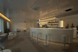 Hotel Sorriso, Отели  Милано-Мариттима - big - 34