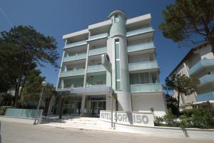 Hotel Sorriso, Отели  Милано-Мариттима - big - 55