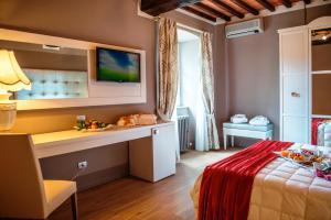Cortona Resort & Spa - Villa Aurea, Hotels  Cortona - big - 63