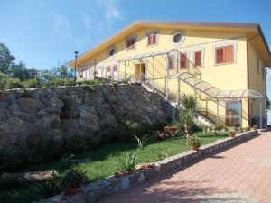 Uliveto Garden, Bed and breakfasts  Bagnara Calabra - big - 54