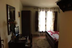 B&B Torre Di Cicala, Bed and Breakfasts  Partinico - big - 6