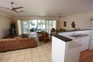 Mariners North Holiday Apartments, Aparthotels  Townsville - big - 77