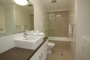 Mariners North Holiday Apartments, Aparthotels  Townsville - big - 61