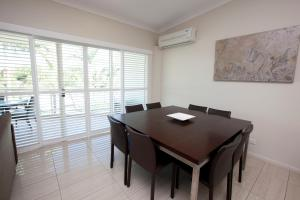 Mariners North Holiday Apartments, Aparthotels  Townsville - big - 59