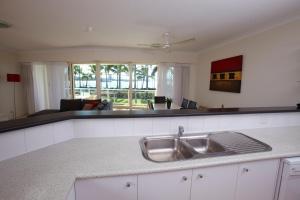 Mariners North Holiday Apartments, Apartmanhotelek  Townsville - big - 9