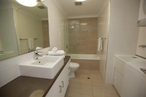 Mariners North Holiday Apartments, Aparthotels  Townsville - big - 127