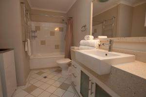 Mariners North Holiday Apartments, Aparthotels  Townsville - big - 129