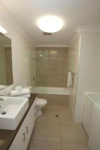 Mariners North Holiday Apartments, Aparthotels  Townsville - big - 137