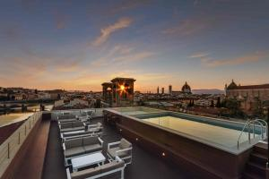 Plaza Hotel Lucchesi - AbcAlberghi.com