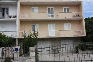 Apartment Nono near the beach with parking, Apartmány  Split - big - 2