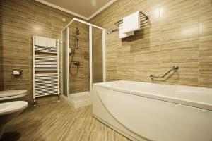 Spa & Wellness Hotel Pinia, Hotely  Malinska - big - 60