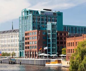 Abion Spreebogen Waterside Hotel