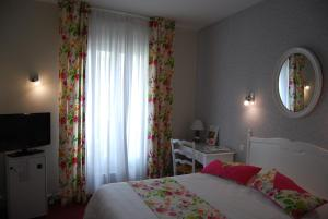 Hotel Biney, Hotely  Rodez - big - 37