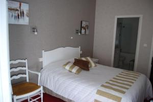 Hotel Biney, Hotely  Rodez - big - 38