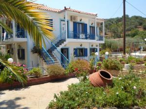 Hostales Baratos - Villa Chrisanthi