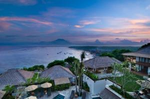Batu Karang Lembongan Resort and Day Spa, Resorts  Nusa Lembongan - big - 1